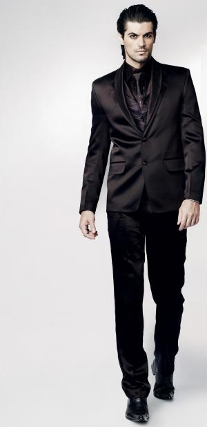 ae9e176dc5045 Деловой чёрный мужской костюм-тройка, купить в Интернет-магазине